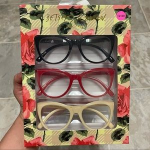 NIB Betsey Johnson 3PCK Reading Glasses Set